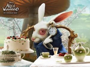 """Кролик из фильма """"Алиса в стране чудес"""""""