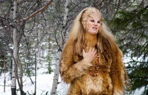 и ещё одна самка из фильма
